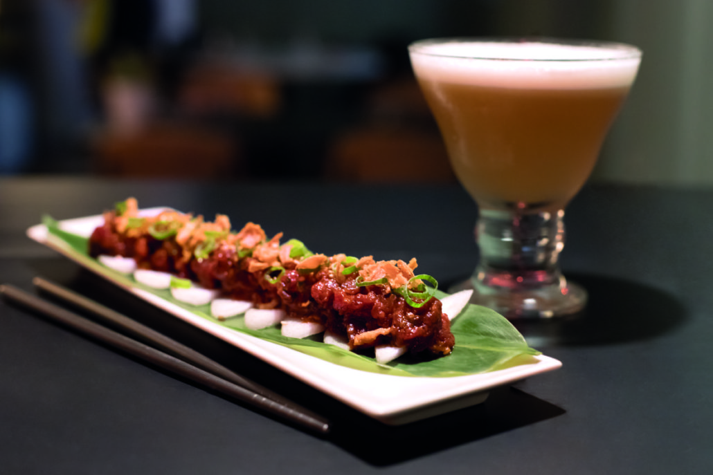 aridaje de cócteles y gastronomía